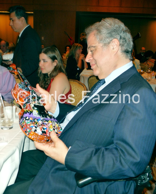 fazzino-pop-art-painter-itzhak-perlman-jpg