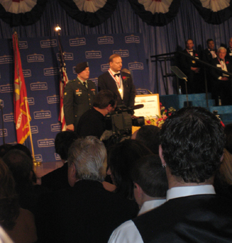 Charles Fazzino Receiving the Ellis Island Medal of Honor
