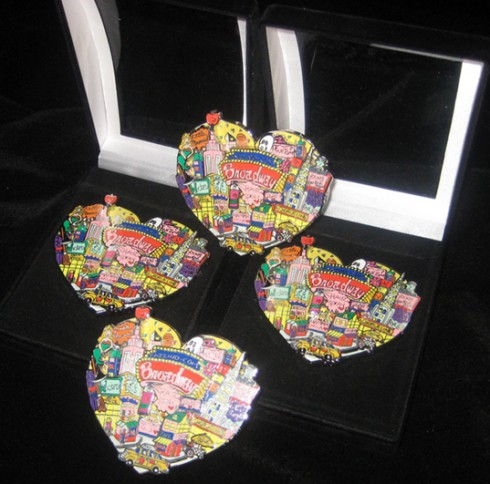 Fazzino-pop-art-gifts-3D-Broadway-pin-collection