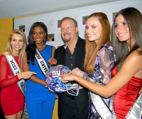 Fazzino and Miss Teen USA, Miss USA, Miss Universe, Miss New York