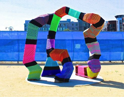 Yarn bombed art installation in Oakland