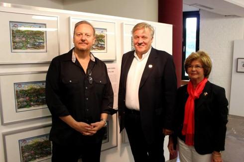 Fazzino standing with a man and a women  at the International Art Academy Heimbach/Eifel