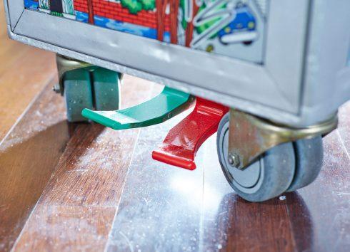 fazzino-pop-art-Bar-Trolley-Bottom.WEB