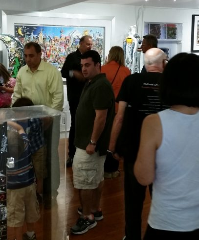 Charles Fazzino mingled with collectors throughout the weekend
